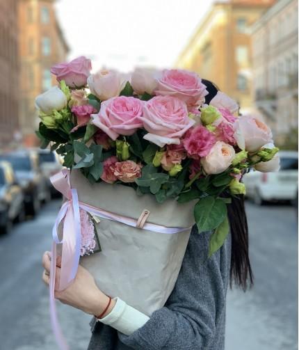 «Композиция в эко-сумке №5» — 23 розы