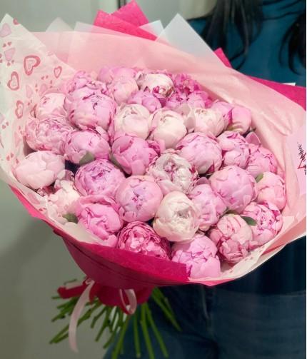 «Селфи-валентинка №3» — 35 пионов