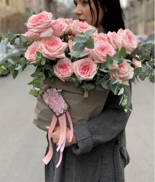 «Композиция в эко-сумке №7» — 19 роз